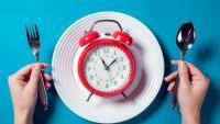 Фастинг: Какво да ядем, за да притъпим гладуването