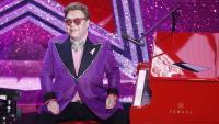 Елтън Джон прекъсна концерт заради пневмония