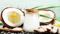 Кокосово масло – полезно ли е за кожата и как да го използвате правилно?