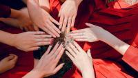 Есенен маникюр: 4 идеи в цвят каки