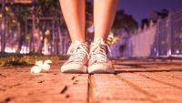 Трябва ли да почиствате обувките заради коронавируса?