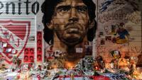 Звезди скърбят за Диего Марадона
