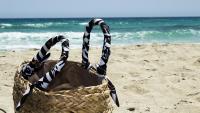 Трапецовидни плетени чанти – най-търсени за плажа