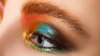 Бюти съвети: Как да си направите монохроматичен грим за очите?