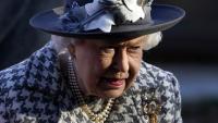 Кралският двор в смут: Служител на Елизабет с коронавирус