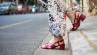 Лятото е тук – какви сандали да изберем?