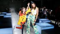 Като две капки вода: Алесандра Амброзио и дъщеря й за нова рекламна кампания