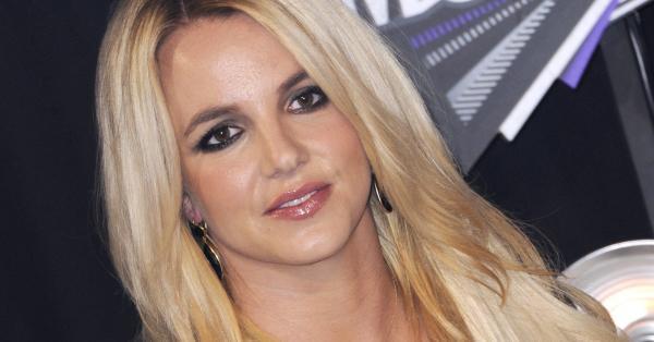 Бритни Спиърс планира да говори със съдия, за да отстрани