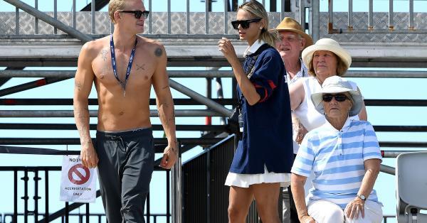 Коди Симпсън коментира аферата си с 28-годишната Майли Сайръс, която