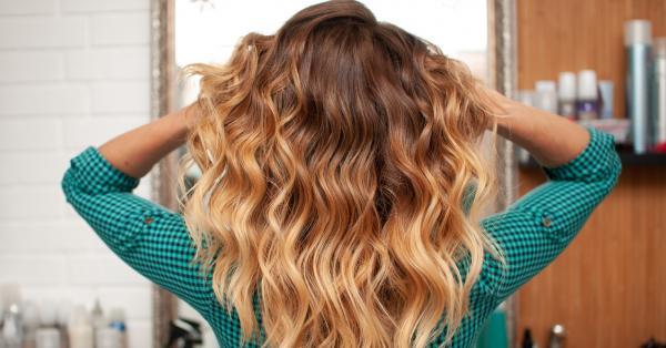 Чували ли сте някога за тонер за коса? Ако не,