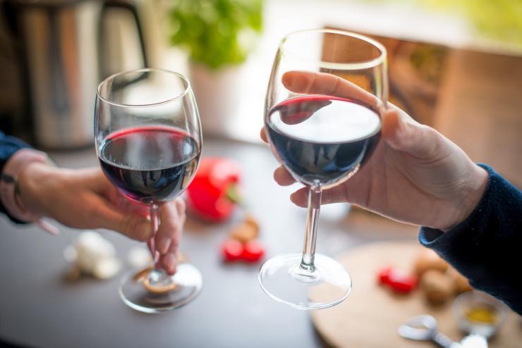 червено вино,